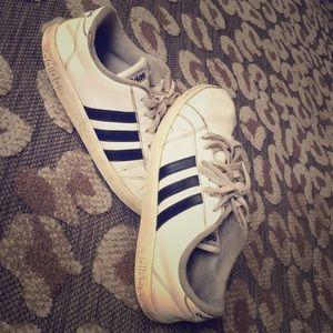 Basic white and black Adidas!!